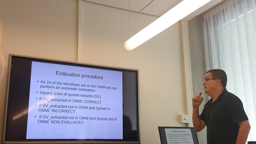 Extending the WN-Toolkit,  Antoni Oliver Gonzalez
